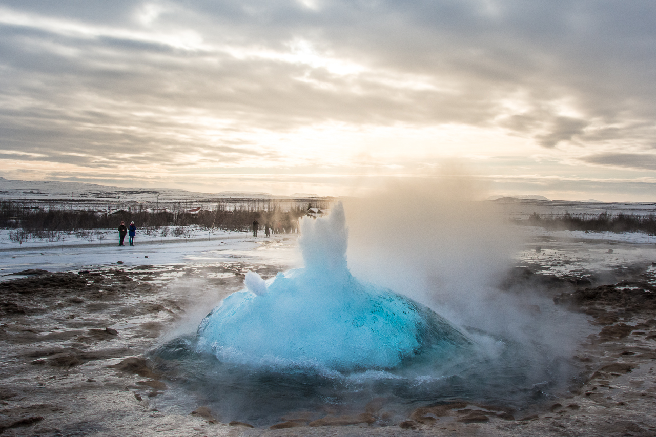 Island_Strokkur_Winter_04