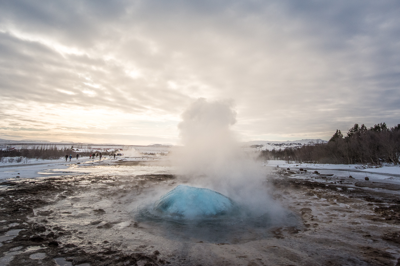 Island_Strokkur_Winter_05