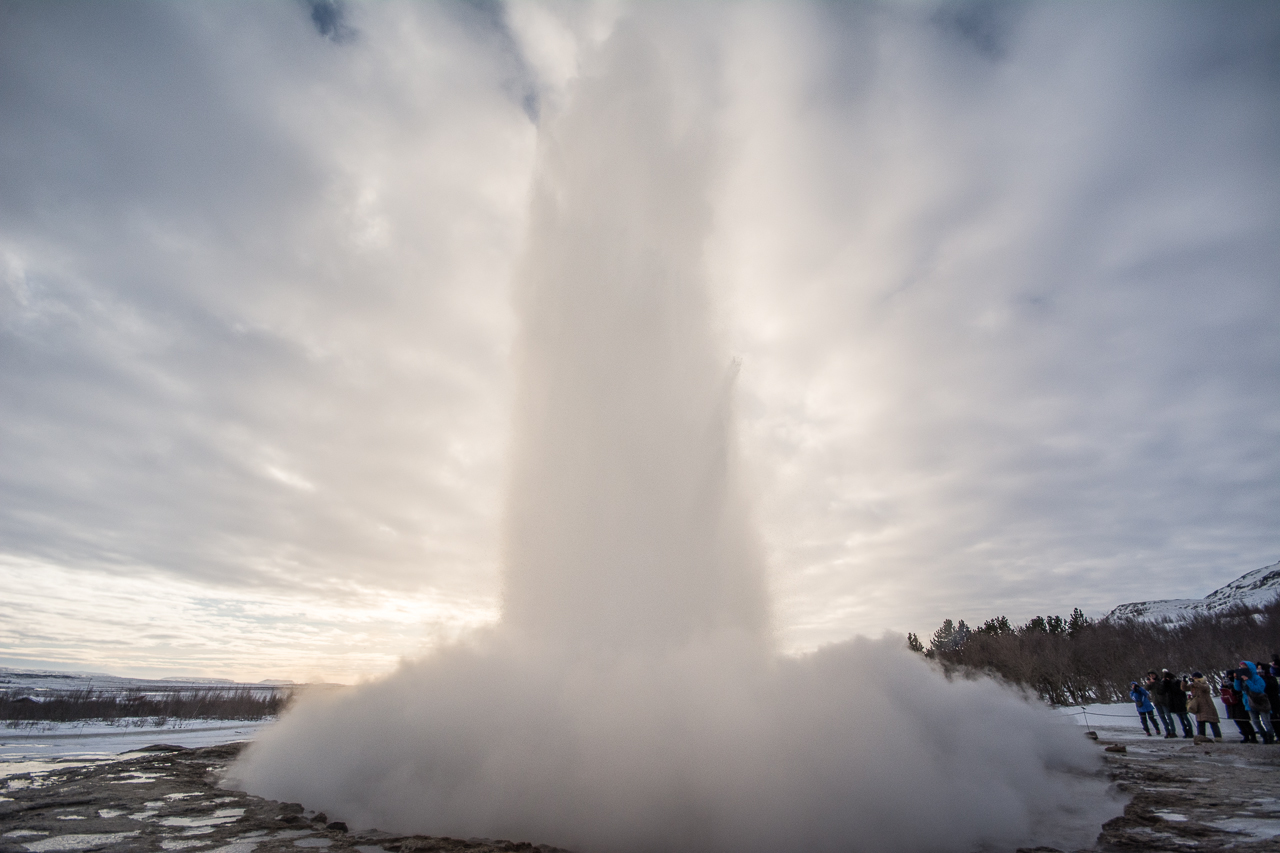 Island_Strokkur_Winter_06