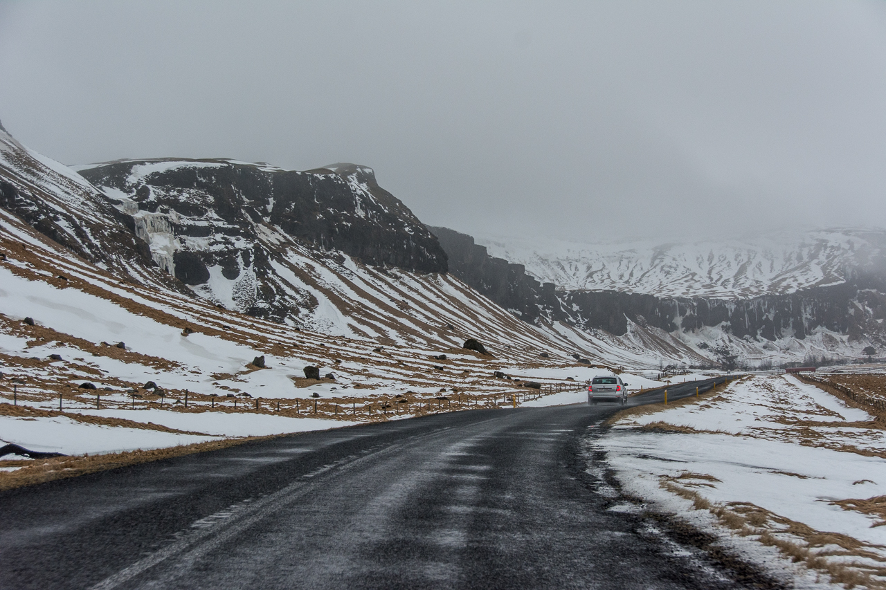 Island_Winter_Road_02
