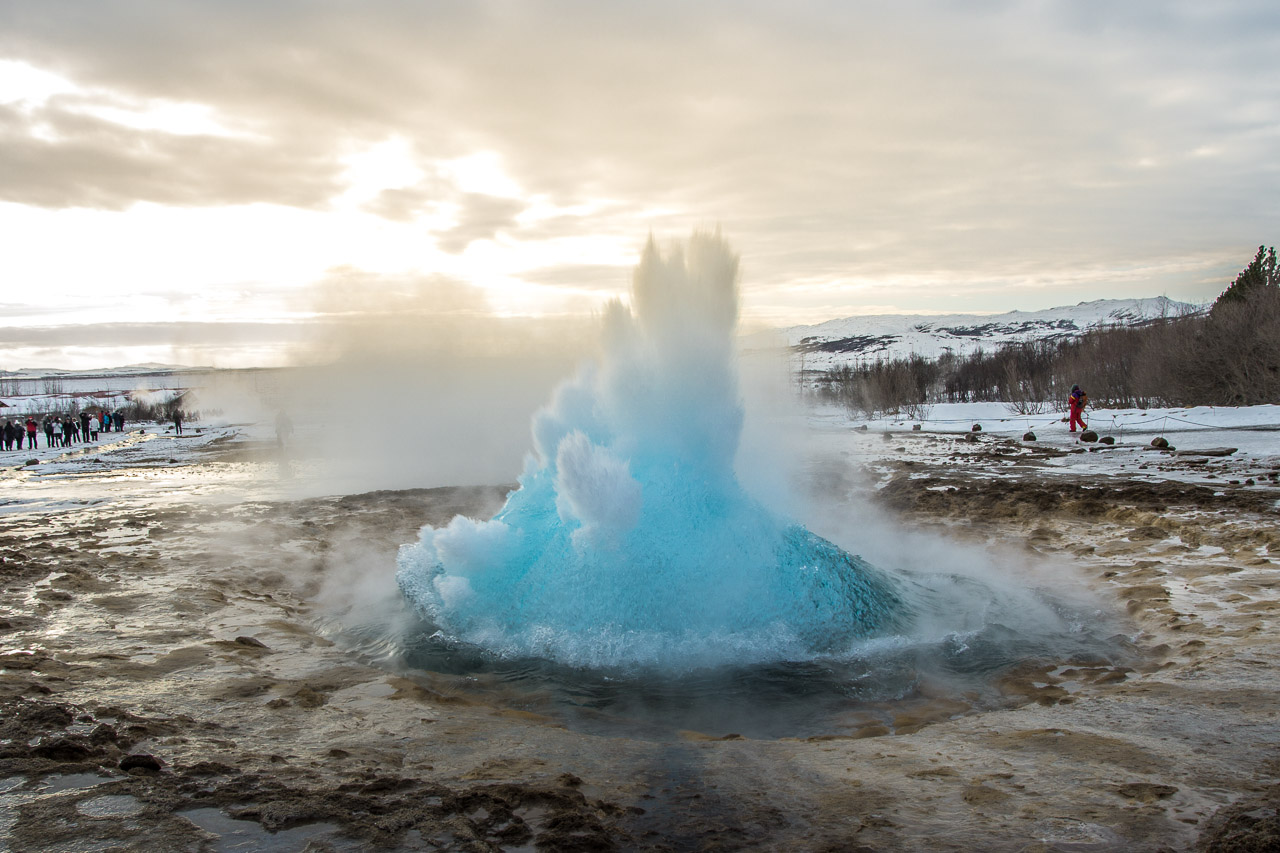 Island_Strokkur_Winter_01